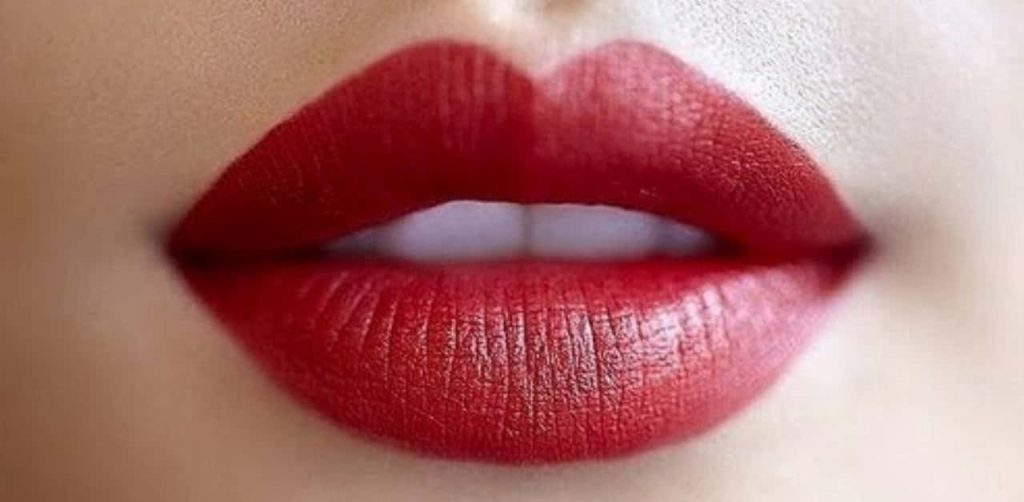 How to Make Your Lips Bigger Naturally Permanently